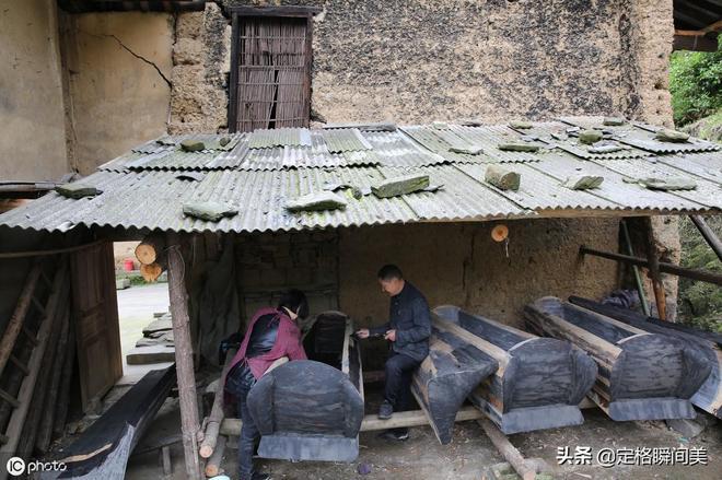 農村夫妻拒絕外出打工,靠手藝年入10多萬,供女兒上大學還買了房
