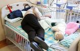 東北一7旬老人為孫子買飯走丟,徒步8小時後找到家腿都腫了