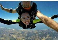 62歲劉曉慶高空跳傘力證未整容,陳意涵軟妹子人設是假的?