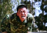 為什麼《士兵突擊》裡面老A袁朗死活不要成才,卻對許三多那麼欣賞?你怎麼看?