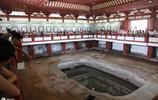 華清池是中國四大皇家園林之一,規模宏大,建築壯麗
