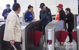 跨入地鐵時代,乘地鐵成濟南市民日常
