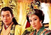 16歲的皇后年輕貌美,皇帝卻深愛34歲的宮女,為宮女廢了皇后