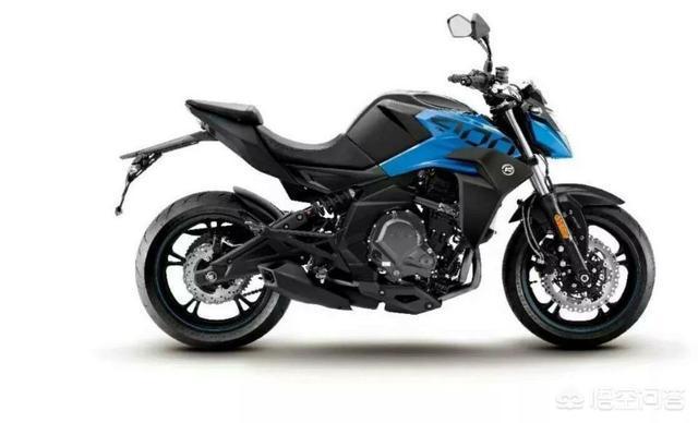 三四百cc的雙缸摩托車哪些質量最靠譜,不考慮價格的話,新手?