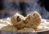 外國人認為中餐吃不飽容易餓,網友:就這吃法,吃飽就怪了