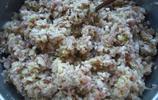 貓冬的東北小屯子,酸菜肉的大包子,蒜醬辣椒油一澆,家就這味兒