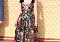 楊紫紅毯秀人品獲贊楊冪花瓶裝太吸睛,關曉彤長腿實力霸屏沒法比