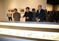 策展人獨家導覽丨400餘件珍貴文獻是怎樣實證海派美術教育一個半世紀文脈的