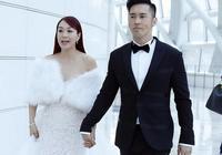 鍾麗緹、張倫碩出席活動,鍾麗緹再穿婚紗,與張倫碩秀恩愛