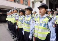 """上海首批400多名勤務女輔警帥氣上崗!95後女孩成""""靚麗風景"""""""