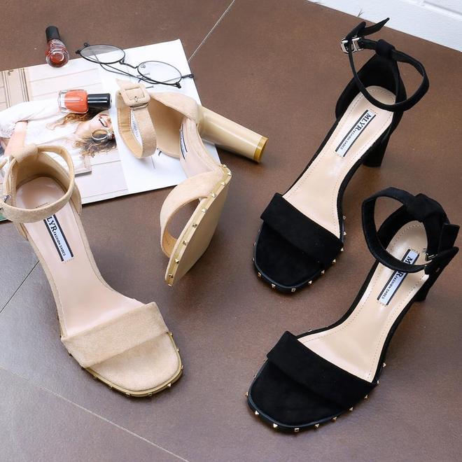 4月新上6款女士涼鞋,70後穿洋氣顯高不磨腳,盡顯優雅女人味