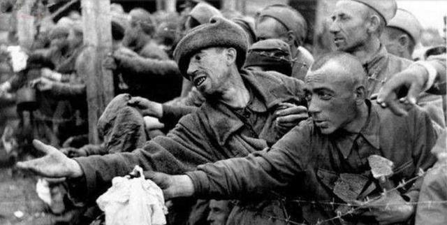 俄國戰俘在德戰俘營受盡虐待,為了活下去各顯神通,開啟逃亡之路