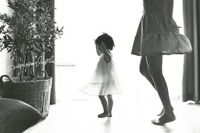 看完這組妻子和女兒最美日常照,網友:會攝影的老公都是別人家的