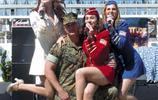 實拍 美國辣妹勞軍現場,有一段時間女明星避之不及