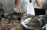 南陽這家羊肉湯店用老式木杆秤稱肉稀罕啊,店名有創意羊湯真不賴