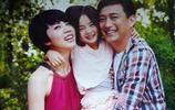 黃磊老婆孫莉太漂亮了,原來女兒多多遺傳了父母的優秀基因