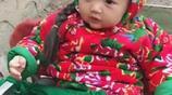 3歲女兒交給婆婆帶,看到寶寶的照片,網友:年畫裡走出來的寶寶