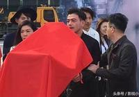 古力娜扎楊爍新劇今日開機,網友:某人看似高冷一笑起來就傻白甜