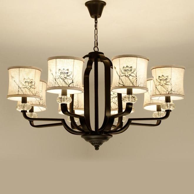 搬新家住新房,這幾款中式吊燈裝在客廳,不裝修也顯氣派