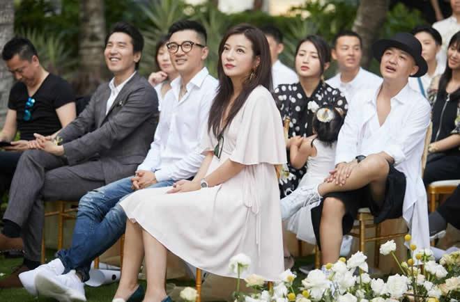 吳中天和楊子姍婚禮答謝宴 圈中好友來慶賀 趙薇擔任證婚人