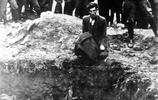 老照片:圖4最後一名猶太人被屠殺,圖7美國90年前的立體停車場!