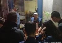 這家二十多年曆史的吳長子,在武漢大眾點評滷菜榜單中排名第二
