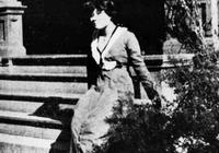 1953年宋美齡訪問母校,美國馬薩諸塞州的威爾斯利學院時老照片