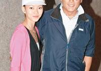 51歲魏駿傑中年發福一個人帶孩子,太太頻頻出外遊玩恍如闊太