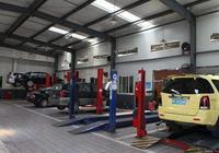 當你的車離合線斷了,汽修廠讓你自己開過去,你該怎麼做才能把車送到汽修廠?