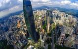 這就是深圳速度,只用了短短的幾十年時間,就發展成世界一線城市
