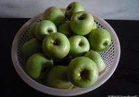 手把手教你釀製蘋果酒,操作簡單,釀製出來的蘋果酒漂亮又好喝