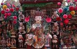 僧侶們將手浸在冰水裡,用酥油做成花,被列入非物質文化遺產