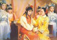 紅樓夢:賈元春之所以棄林黛玉而選薛寶釵,真相都在這個人身上