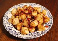 美食推薦:清炒蝦仁,辣子杏鮑菇,茄汁金針肥牛的做法