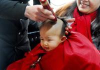 給寶寶剃胎髮,要避開四個時間段,選這個時間最合適,別迷信滿月