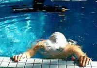 如何學習蛙泳?
