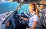 實拍波音737美女機長下班後的生活,讓眾多網友羨慕不已