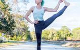 肩部疼痛不舒服,這組瑜伽體式幫你改善