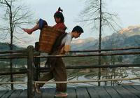 《太陽照常升起》作為姜文最難懂的一部電影,它究竟講了些什麼?