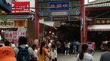 西安回民街,家家店鋪人滿為患,看看是什麼吸引了這麼多人