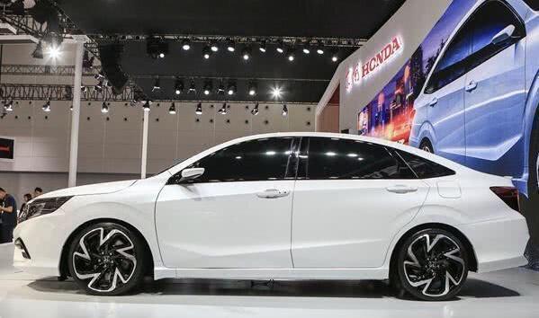 本田新車比凌派年輕,大眾朗逸論實力還不是對手,上市必火