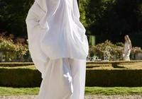 別再盲目追求Oversized了,這樣穿的時髦精都悄悄變美了!