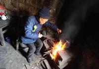 為什麼農村還在用柴火煮飯做菜?道理很簡單