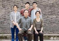 電視劇《都挺好》中,蘇明玉的媽媽為什麼會偏袒小兒子?