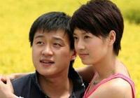 佟大為全家照,大女兒像王祖賢,小女兒像小瀋陽,兒子正面很帥