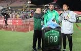 北京中赫國安足球俱樂部給外援奧古斯托舉辦百場紀念儀式