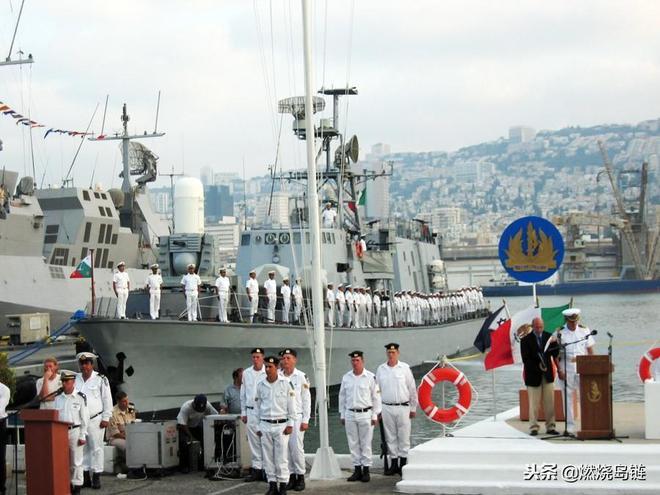 """擁有全套航空設備的以色列""""薩爾""""4.5型""""阿利亞""""級導彈艇"""