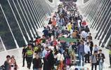 國慶黃金週旅遊人滿為患,人均密度竟然超過春運?