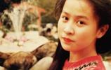 直擊明星18歲的模樣,蔡少芬劉嘉玲美到認不出
