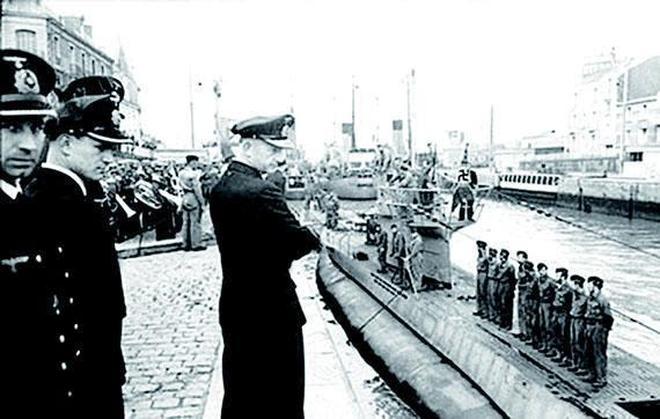 海軍集體違抗軍令,200多艘潛艇被自毀鑿沉 水兵隨船陪葬